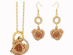 christmas git ideas for girlfriend a jewelry set